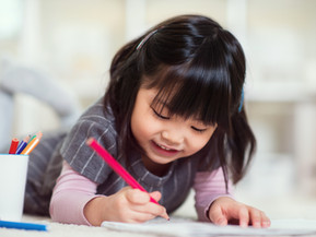 How I taught my 5 year old daughter to write Chinese characters