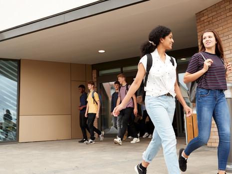 High School: Escolas públicas X escolas privadas