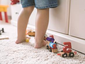 Marcher pieds nus : c'est le pied !