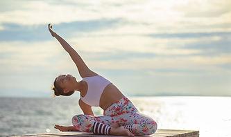 Torsione di yoga