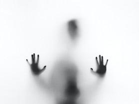 רוחות רפאים ומלאכים בחדר הילדים