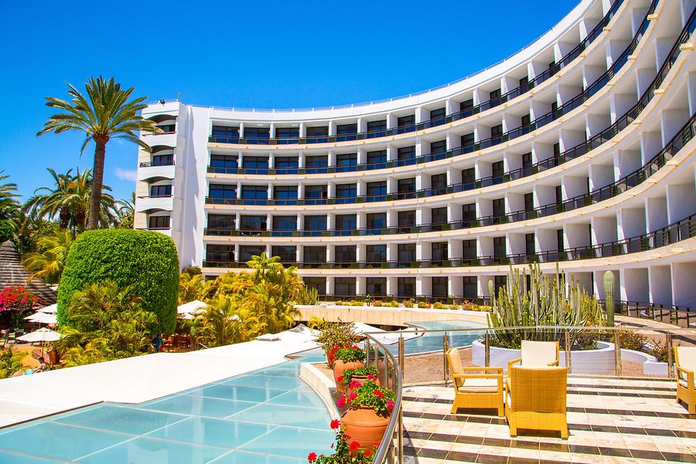 Hotel real estate cap rates