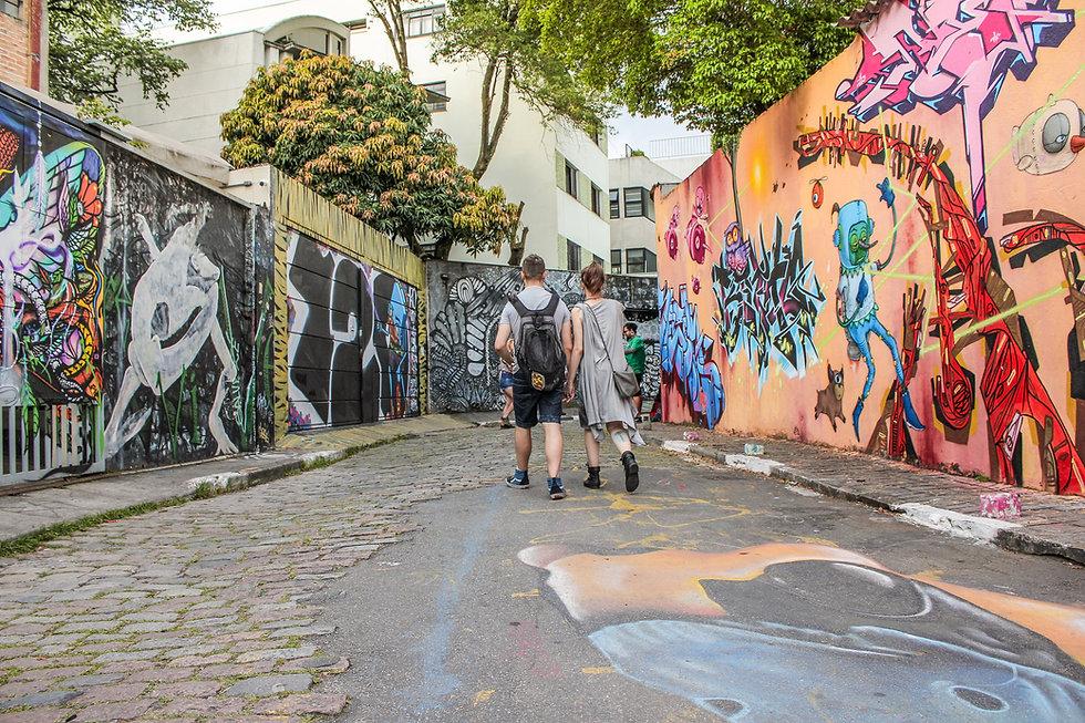 Calle con graffiti