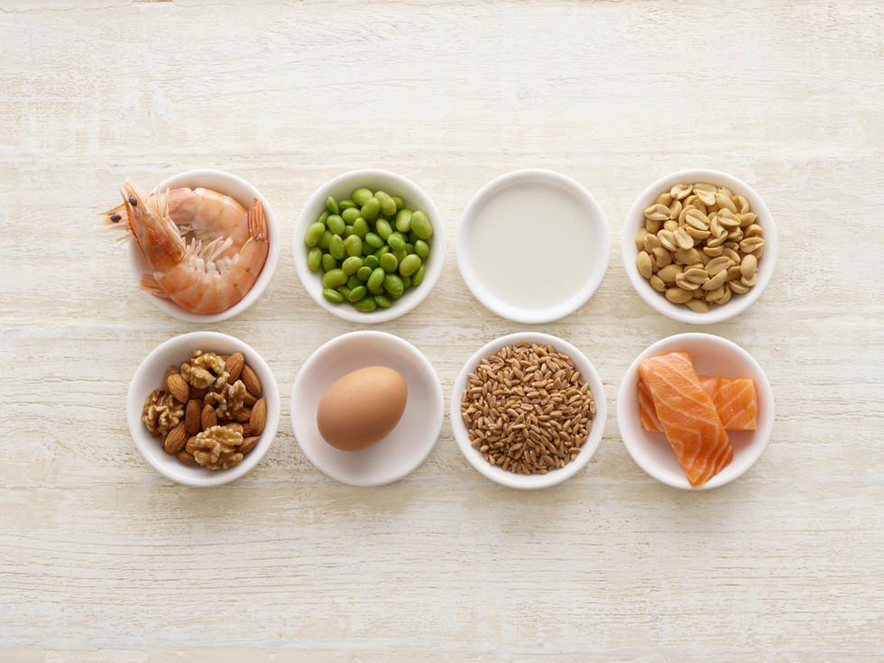 Lebensmittelzutaten in Schalen