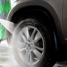 Cleaning Tire