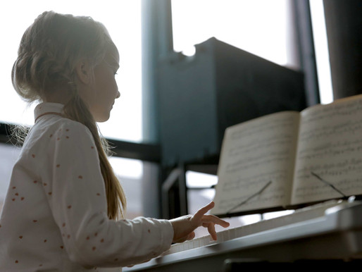 What Are the Benefits of Playing the Piano for Children?
