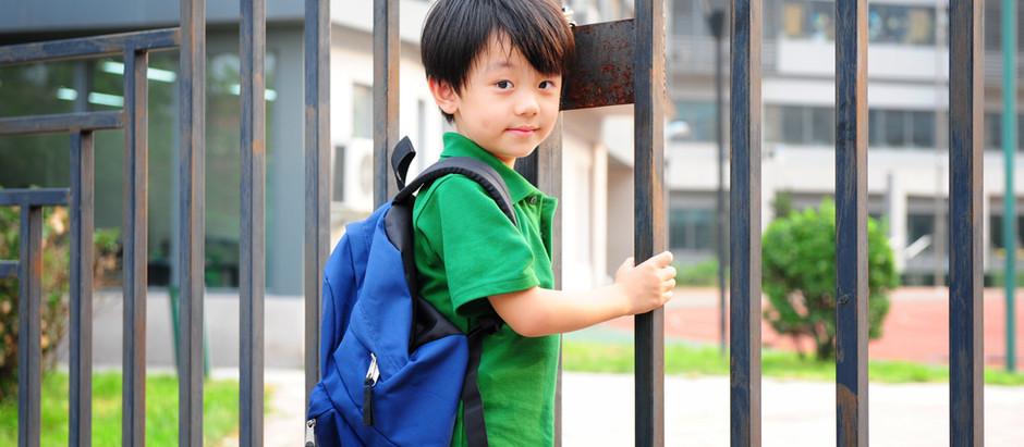 Au secours, mon enfant rentre à l'école et n'est pas propre