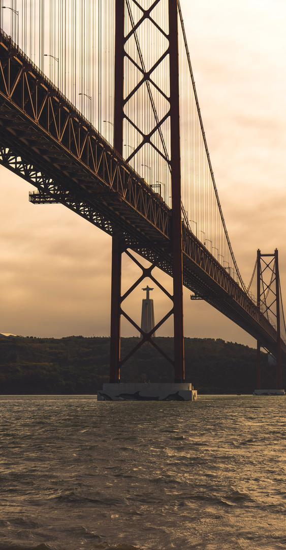 Ponte 25 de Abril LX