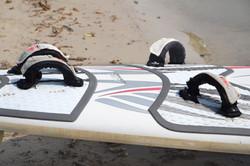 Ein Segel am Strand