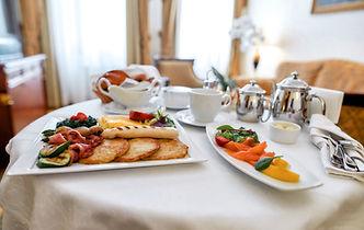 グルメ朝食