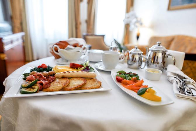 Gourmet Breakfast