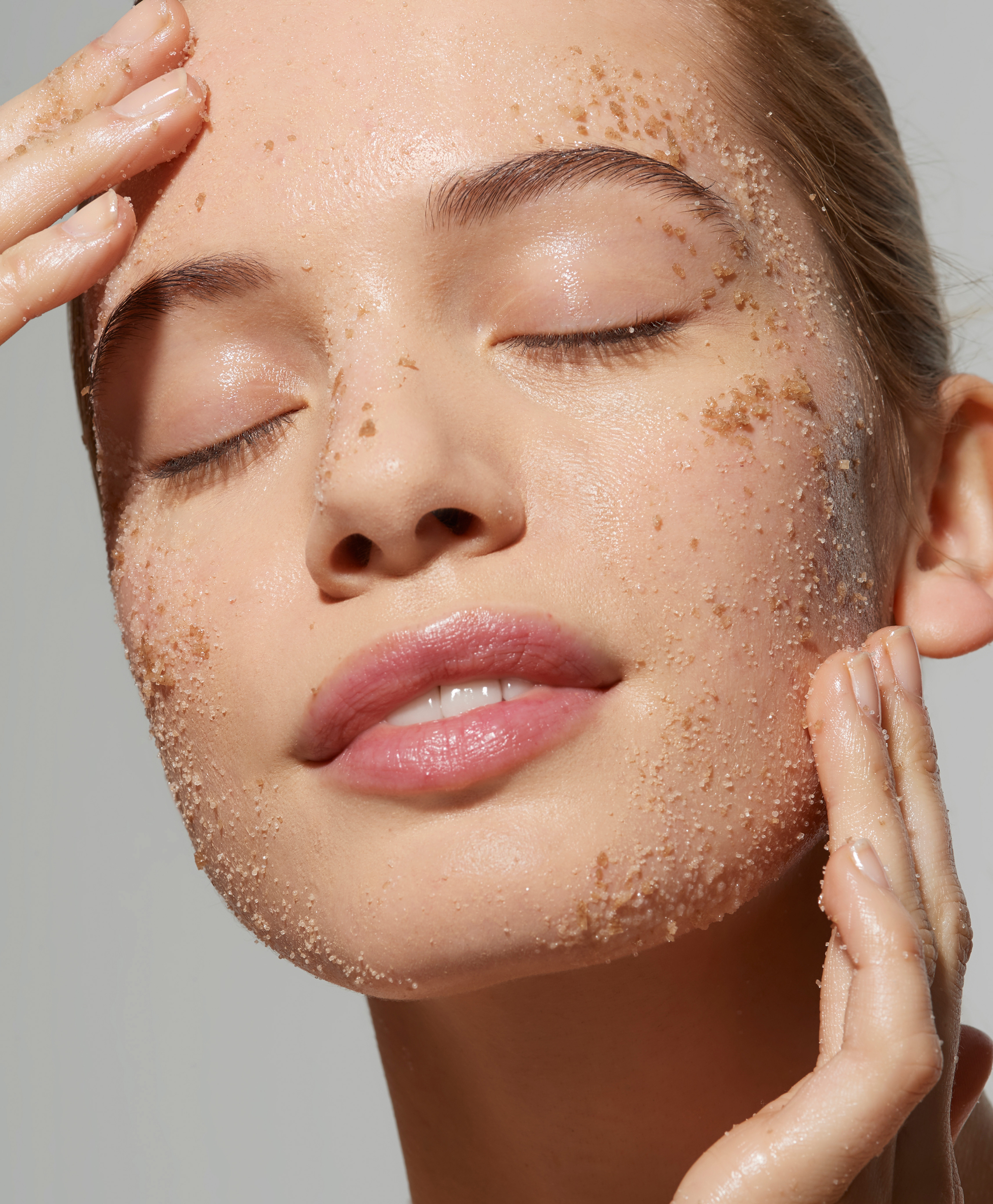 Detox scrub, unwind sauna rejuve massage