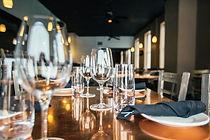레스토랑 테이블
