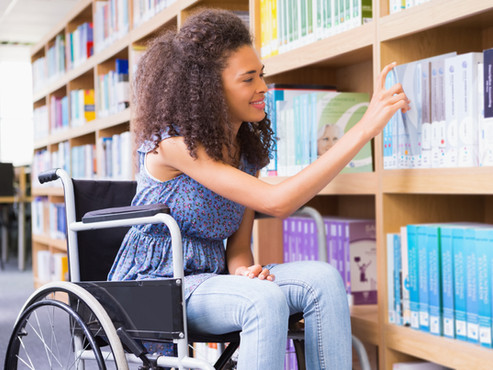 3 Best Jeans Styling Tips for Wheelchair Users
