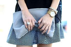 Vrouw met handtas