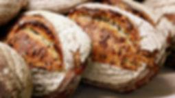 Pain frais, boulangerie, cuisinier de village