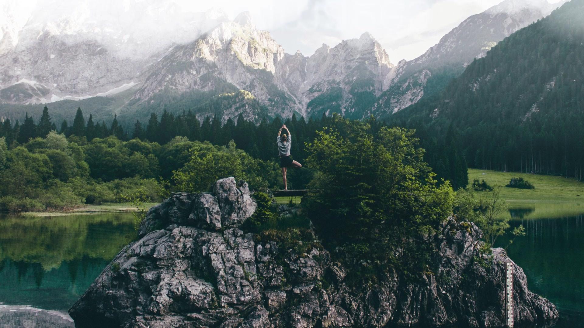 Yoga in der Natur praktizieren