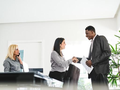 Por que temos mais gerentes do que líderes?