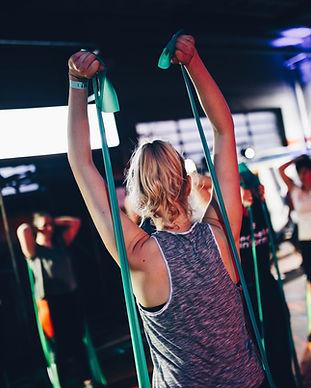 Esercizi di fascia elastica