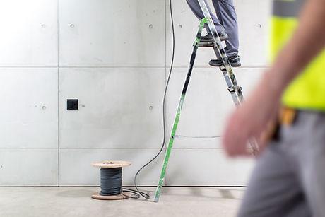 Installation de câbles électriques