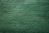 Grüne Backsteinmauer