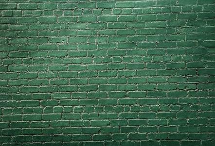 緑のレンガの壁
