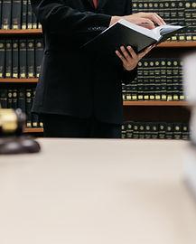 Revisando la leyes