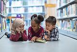 図書館の子供たち