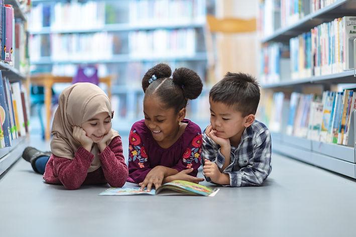 Børn i biblioteket