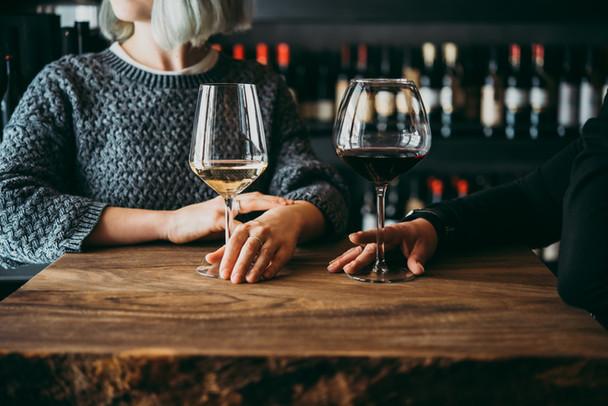 Alcohol is niet gezond. En zal het nooit worden ook.