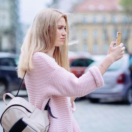 #Cybermobbing: Mädchen verbergen echtes Aussehen im Web