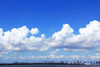 夏空・東京湾遠景