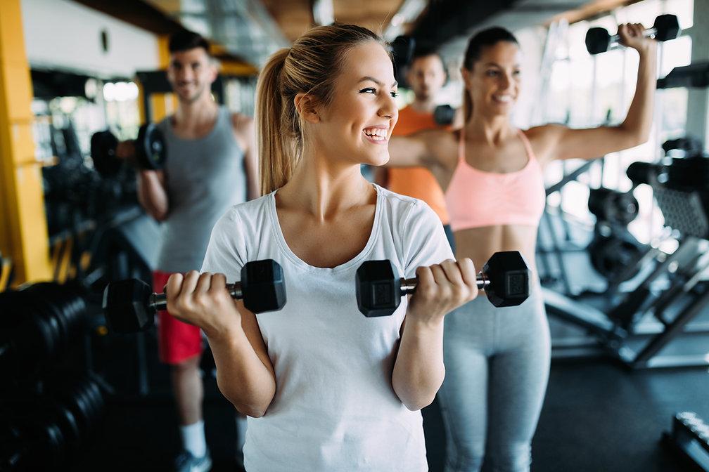 Frauen beim Trainieren