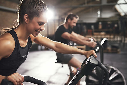 Freunde Training gemeinsam Arcadium Fitness Ansbach