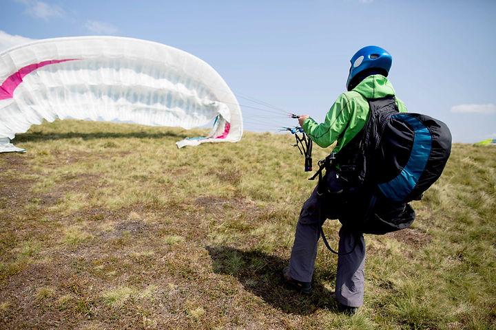 Ajustando o paraquedas