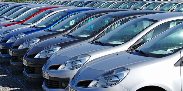 輸出自動車