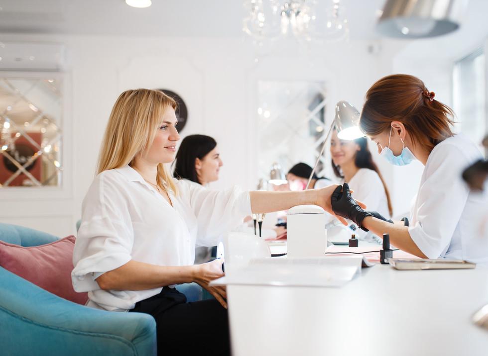 Manicure Salon