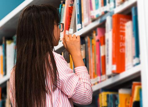 Pesquisa de livros na biblioteca