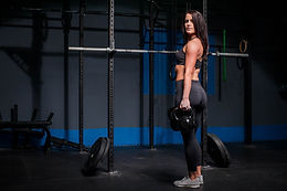 Gold Membership + 12 sessions a month