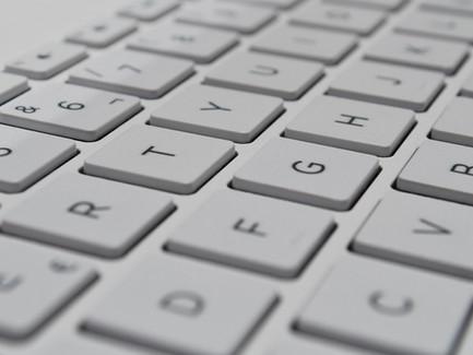 Materiály k tématu informačních technologií