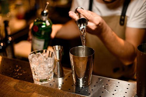 Fazendo uma bebida