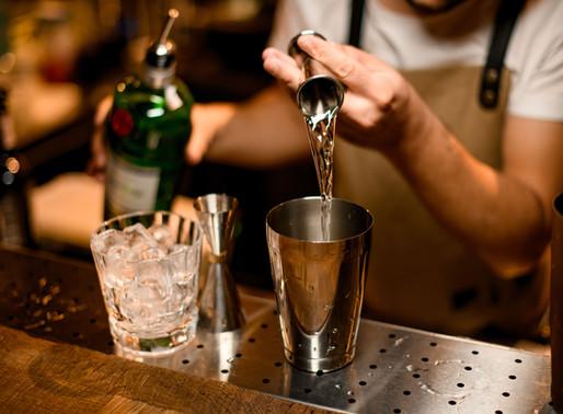 Entidades se posicionam contra proibição de venda de bebidas alcoólicas perto de faculdade