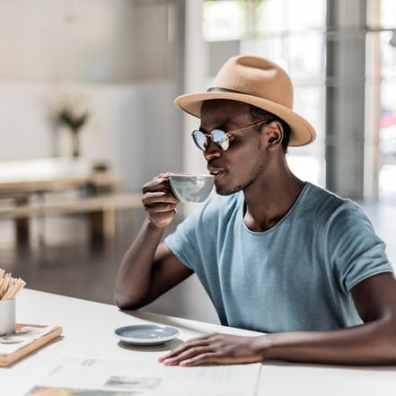 Bere caffè o annusarlo soltanto? L'effetto non cambia
