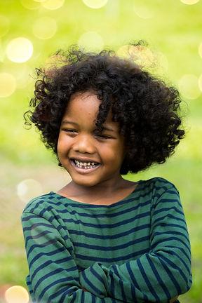 Criança feliz