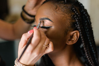 Maquiagem de sobrancelha