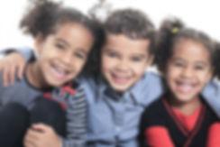 miúdos de sorriso
