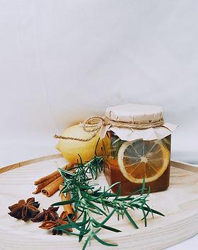 photo-of-jar-near-cinnamon-sticks-327398