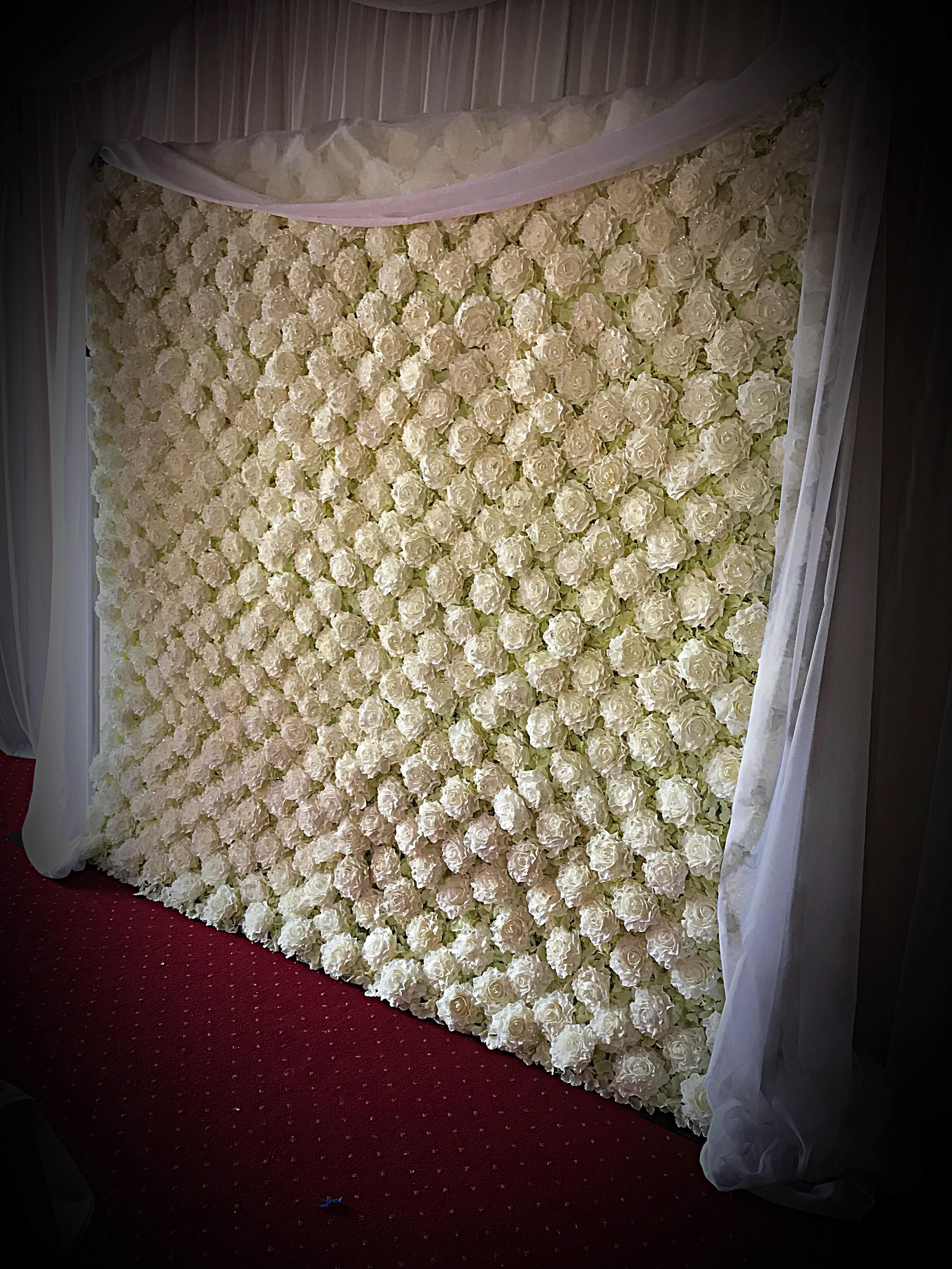 Flower Wall Hire - Unique Memories