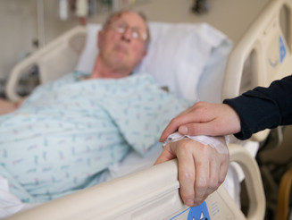 How to Talk to Your Loved Ones About Their Illness