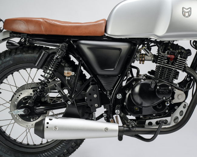 [muttmotorcycles.com][583]MM_Akita-125_V1_Silver_ST-D03_WEB.png